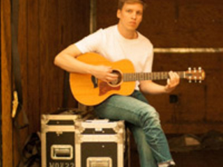 Ten Tonnes Confirmed As Special Guest On George Ezra UK And European Tour