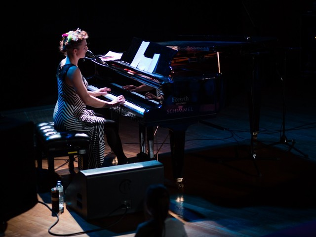 Patreon-Funded Amanda Palmer Kicks Off UK Tour