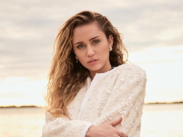 """On """"Slide Away,"""" Miley Cyrus Reclaims Her Broken Heart"""