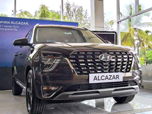 Hyundai Alcazar: Which variant to buy?