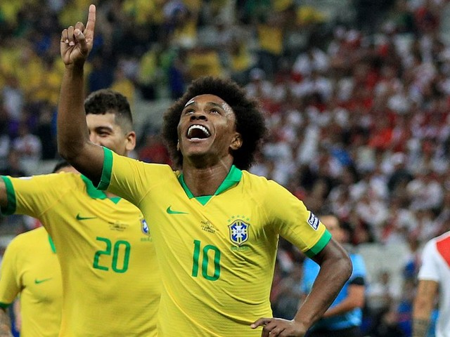 Willian scores a great goal for Brazil