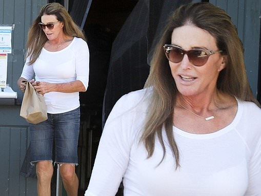Caitlyn Jenner goes without a mask AGAIN as she stops to grab takeout at her favorite spot in Malibu