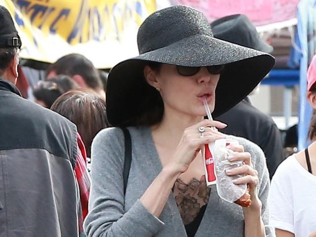 Angelina Jolie Enjoys a Family Day at Rose Bowl Flea Market!