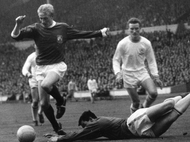 Denis Law to receive Freedom of Aberdeen