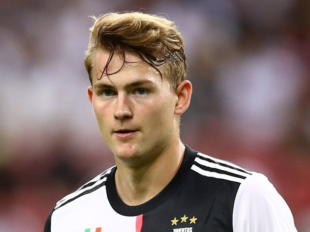 Matthijs de Ligt responds to claim Manchester United rejected him due to weight fears