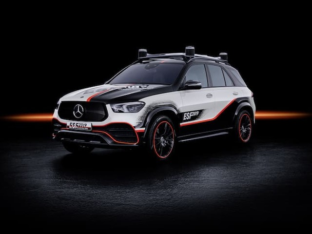 Mercedes ESF Concept experimental safety vehicle unveiled