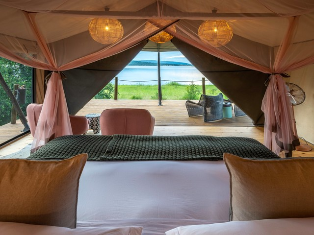 There's a new type of traveler dishing out thousands of dollars for high-end safaris. The business director of a Botswana-based company says it's all because of the millennial tech boom.
