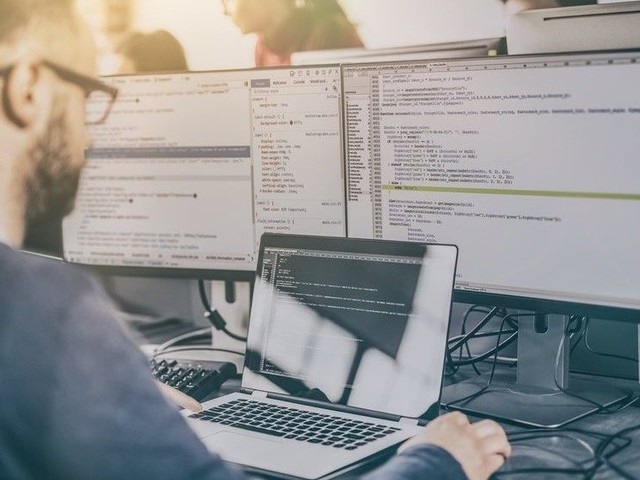 The best monitors for programming 2019