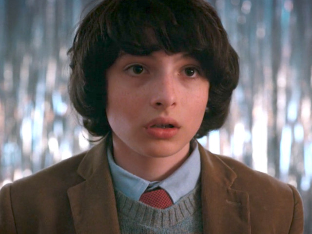 'Stranger Things' actor teases the backstory behind the sweetest scene of season 2: 'You're welcome internet'