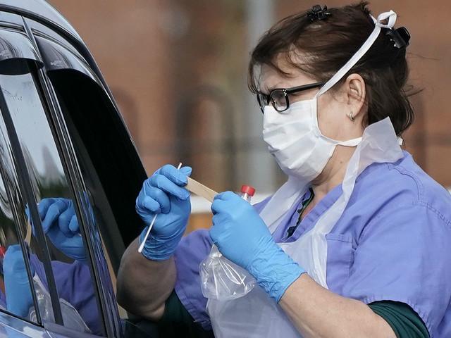 Coronavirus: do face masks really work?