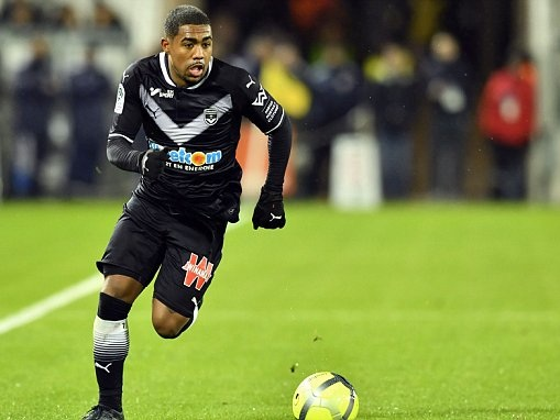 Arsenal bid for Malcom is hot air, says Bordeaux president