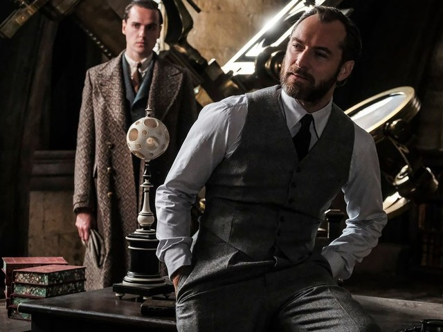 'Fantastic Beasts' sequel is a series-low box office opening for the Harry Potter universe