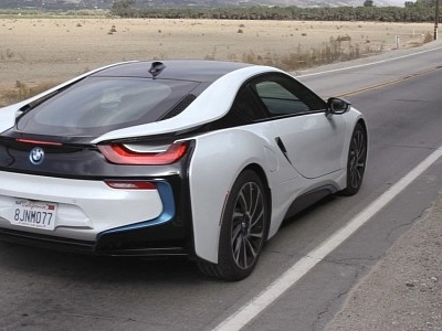 Here's How the BMW i8 Sounds Like With the ASD System Turned Off