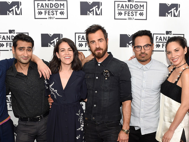 Justin Theroux & 'Lego Ninjago Movie' Cast Debut New Trailer at Comic-Con!