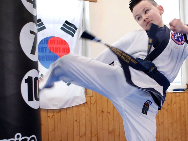 The 'exceptional' nine-year-old martial artist who can chop a brick in half with his hand