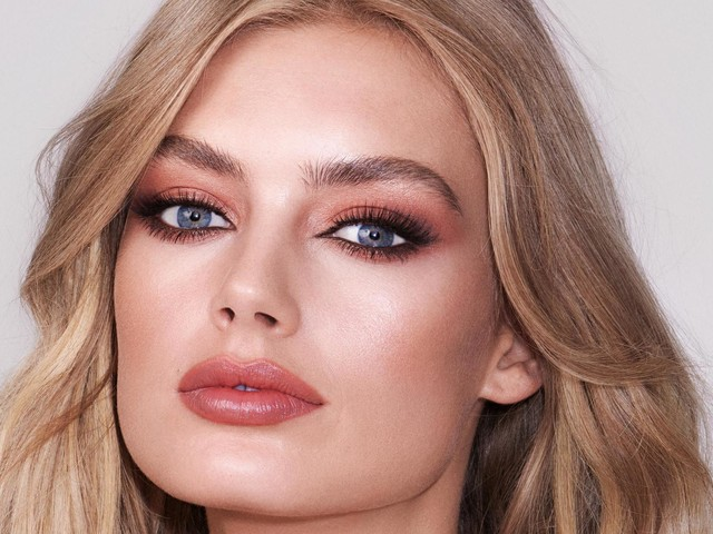 Charlotte Tilbury Charlotte Darling eyeshadow palette review: the make-up maven's latest release is inspired by her home of Ibiza