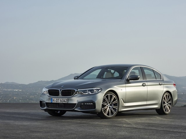 PhotoGallery: 2017 BMW 5-series image gallery