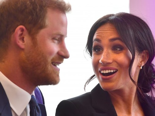 Here's when you'll get to see Prince Harry and Meghan Markle's new son for the first time