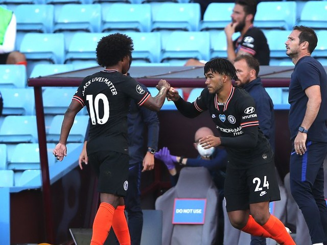 Lampard praises Willian, hopes this season isn't the end
