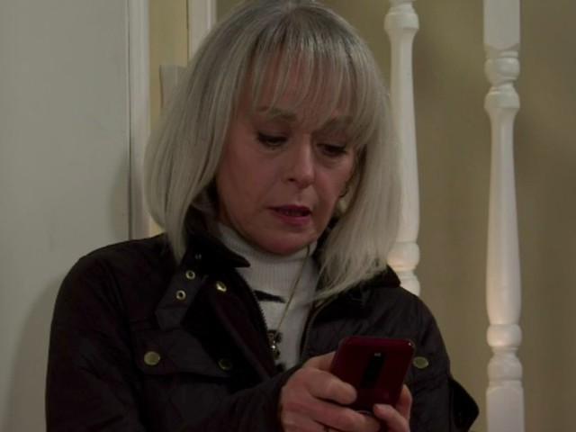 Coronation Street fans call out epic blunder as Sharon steals Carla's phone