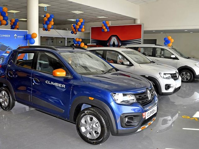 Over Rs 1 lakh off on the Renault Duster, Captur, Kwid