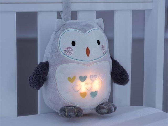 Soothing Newborn Sleep Aids - Ollie the Owl Light and Sound Sleep Aid Offers Intelligent CrySensor (TrendHunter.com)