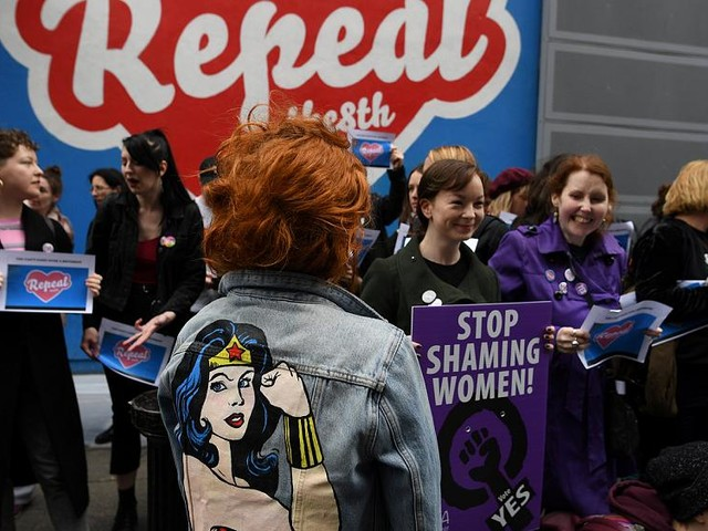 Ireland: Decision time for voters in crucial abortion debate