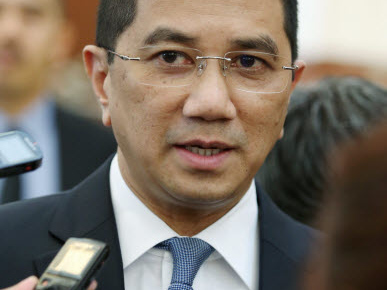 Azmin ahead of Rafizi in PKR polls