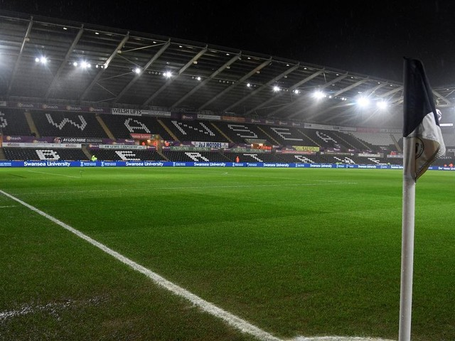 Swansea vs Liverpool LIVE score and goal updates as Reds travel to Liberty Stadium for Premier League clash