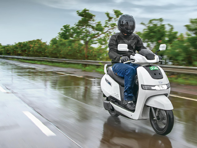 Review: TVS iQube review, road test