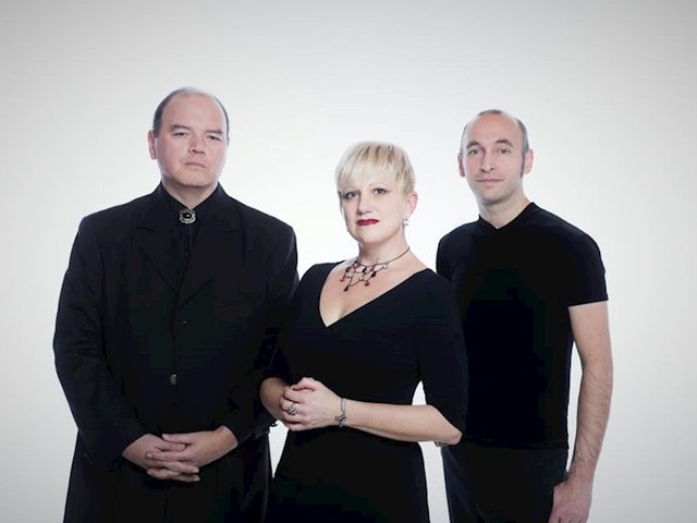 Dark ethereal trio, autumn, release haunting new single