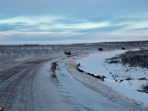 Canada highway throws lifeline to Arctic hamlet