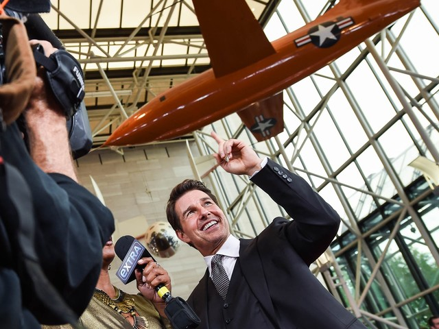 Tom Cruise planning to shoot film in outer space with Nasa