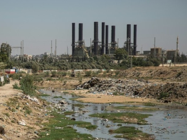 Gaza to pump sewage straight into sea as crisis worsens