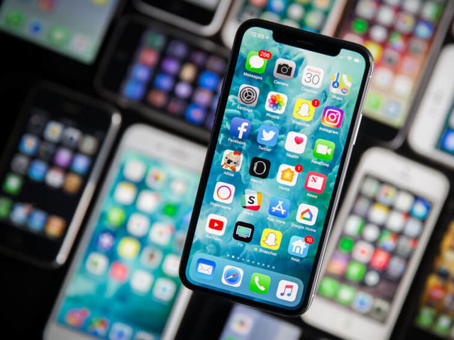 Disappointing iPhone X sales leaves Samsung searching for OLED buyers