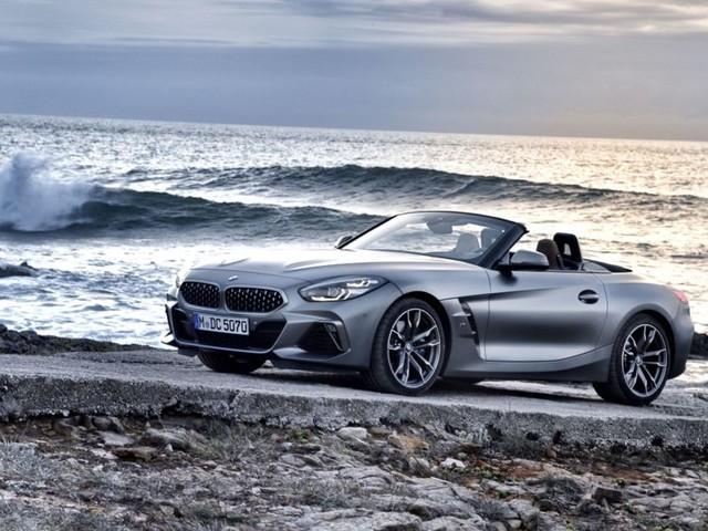 Download your BMW Z4 desktop wallpapers!