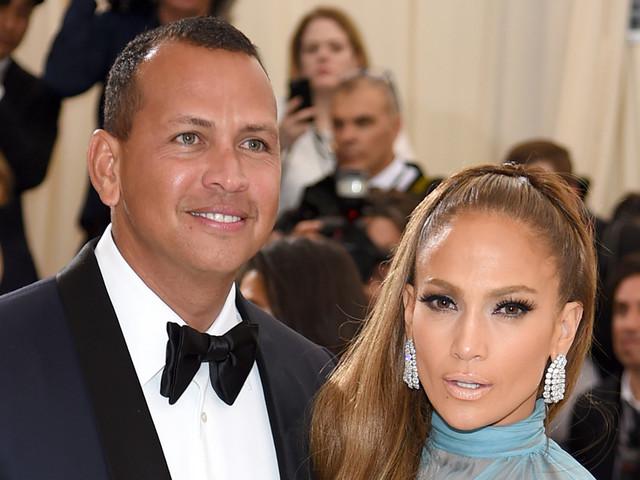 Jennifer Lopez Writes Sweet Birthday Message to Her 'Love' Alex Rodriguez