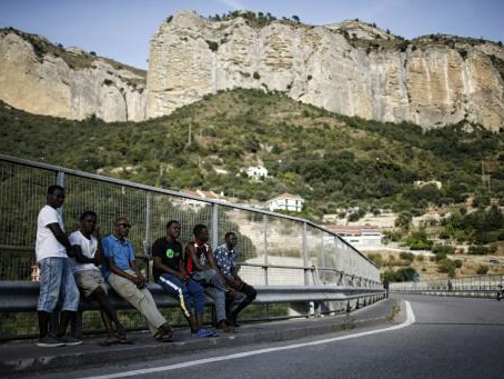 Italy looks to its African entrepreneurs to ease migrant pressure