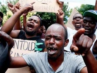 Fuel price hikes put Zimbabwe on its knees