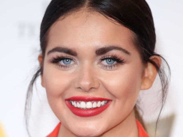Scarlett Moffatt Is Releasing Her Autobiography, And Has Called It 'Sofa, So Good' (Amazing)