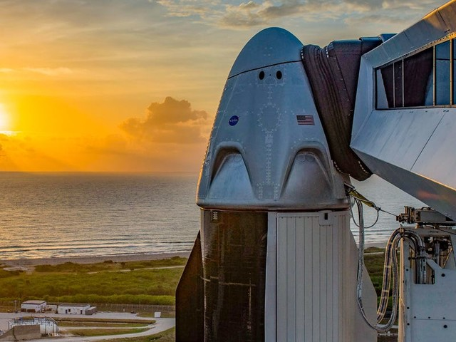 Puffy 'cotton ball' clouds are a rocket launch's most common nightmare. Here's why they delayed SpaceX's historic flight.