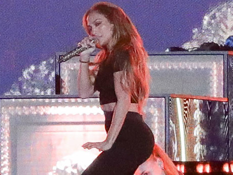 J.Lo Looks Sensational In A Black Crop Top & Leggings During Rehearsals With Ja Rule — Photos