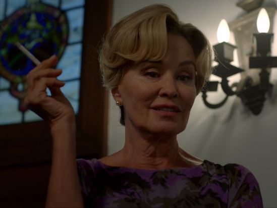 'AHS' Star Jessica Lange Explains How Ryan Murphy Lured Her Back With a 'Deliriously Fun' Death Scene