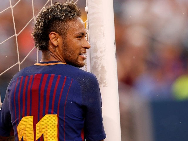 Gerard Pique admits he isn't sure Neymar will remain at Barcelona despite posting 'he stays'