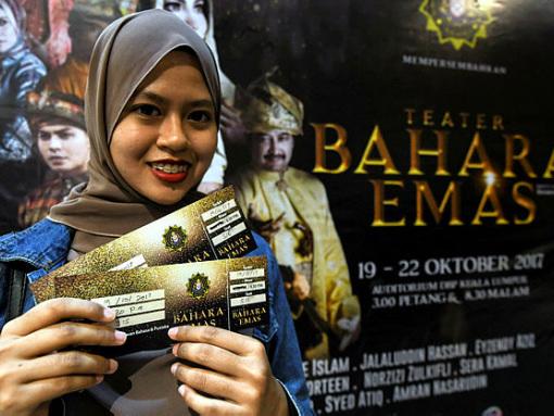 'Bahara Emas' theatre performance brings anti-corruption message