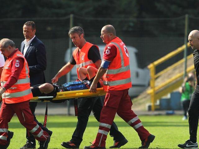 Zinho Vanheusden suffers cruciate knee ligament injury