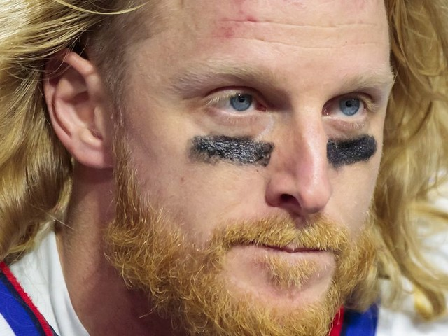 Cole Beasley is enabling an anti-vax stadium tour of the NFL