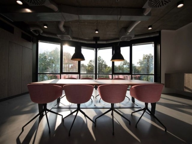 How to improve productivity through office design