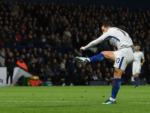 Hazard closing in on Zola record while hoping Chelsea can close gap to Manchester City