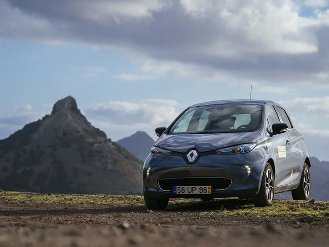 The fossil-free quest: How Renault is revolutionising a Portuguese island